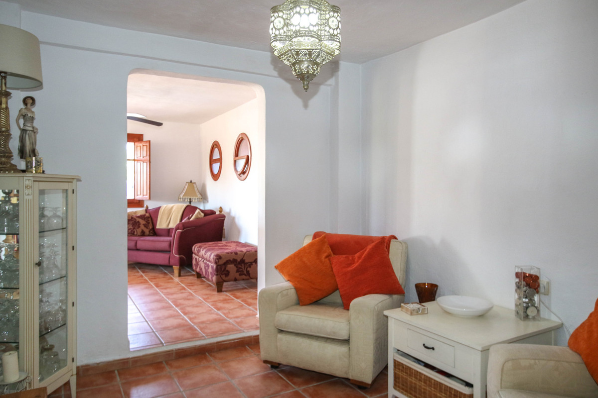 House in Alhaurín el Grande R3733957 12