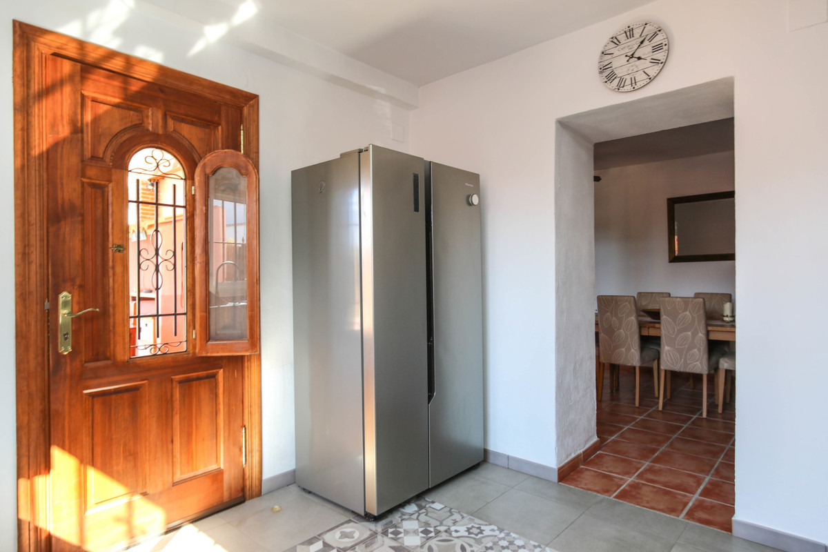 House in Alhaurín el Grande R3733957 24
