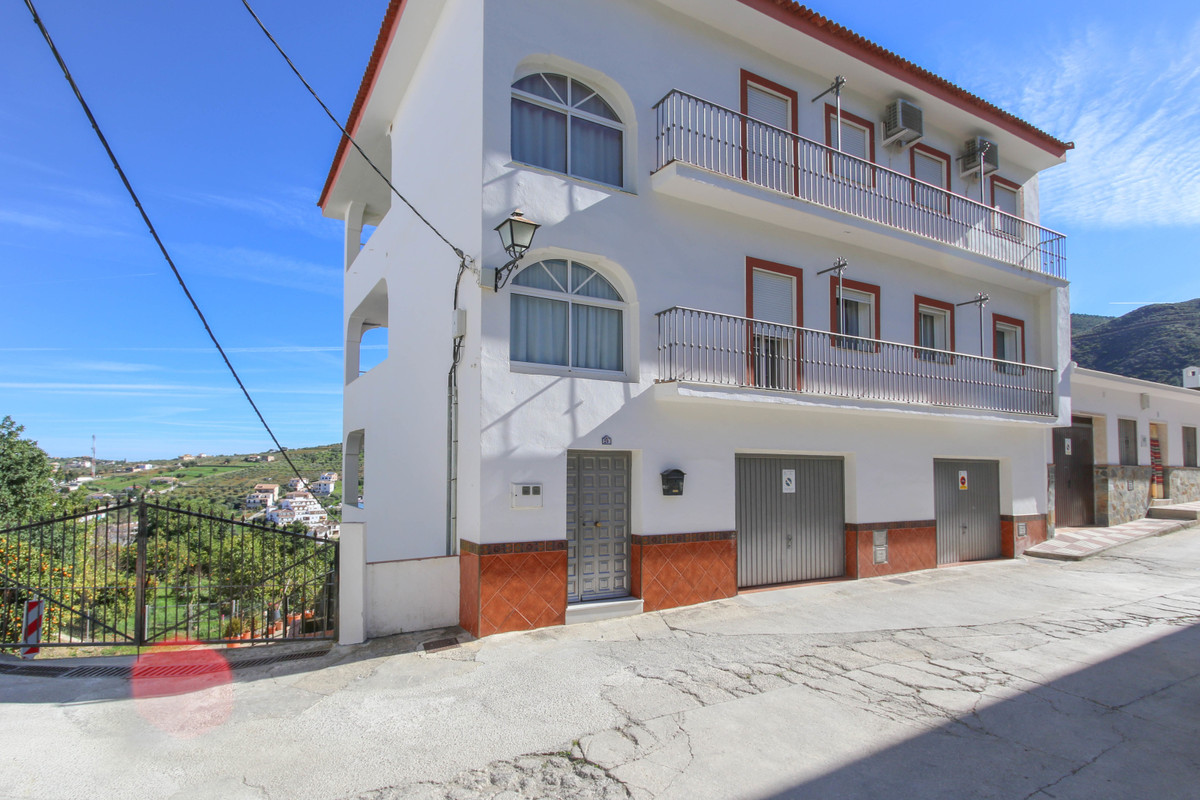 4 bedroom apartment for sale tolox