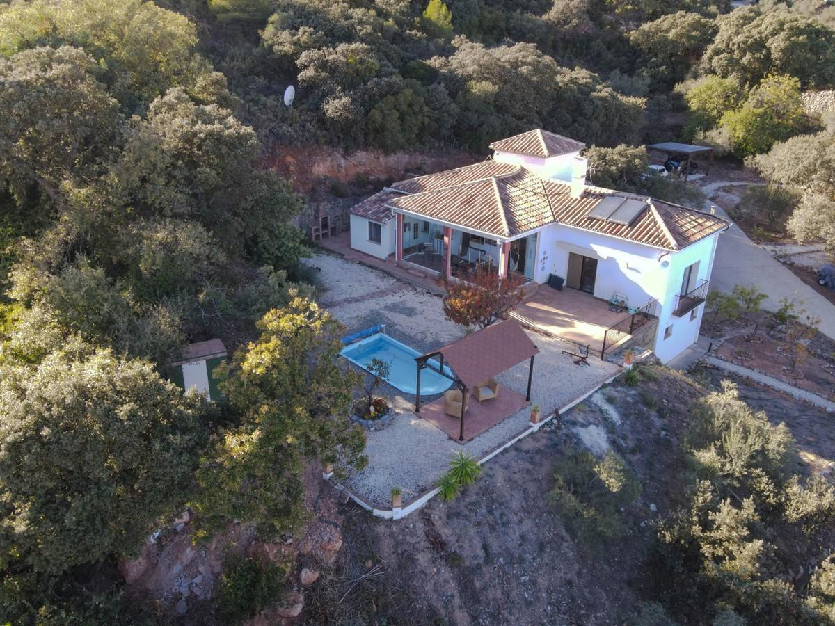 Unique Country Property with excellent build quality.  With mountain and SEA VIEWS.  This impressive,Spain