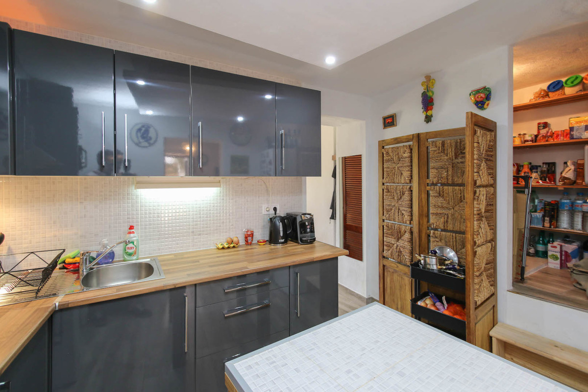 2 Dormitorio Adosada Unifamiliar En Venta Alozaina
