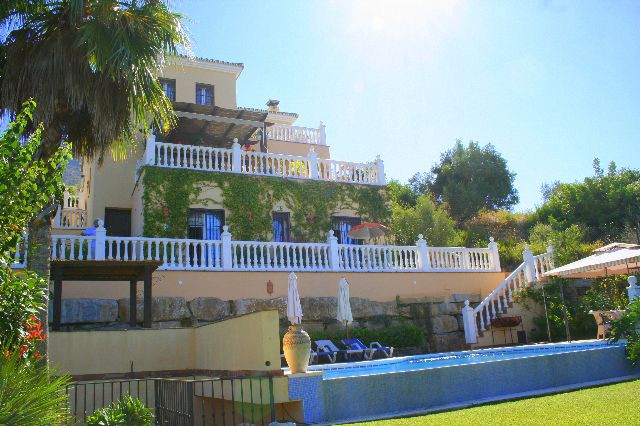 LOCATION  The 4.5 year old property is situated 10 minutes from either Marbella, Nueva Andalucia or , Spain
