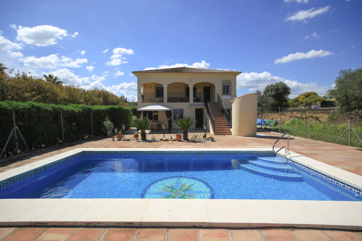 Detached Villa with Separate Accommodation and Garage  . 3 Bedroom Villa . 2 Bedroom Separate Accomm,Spain
