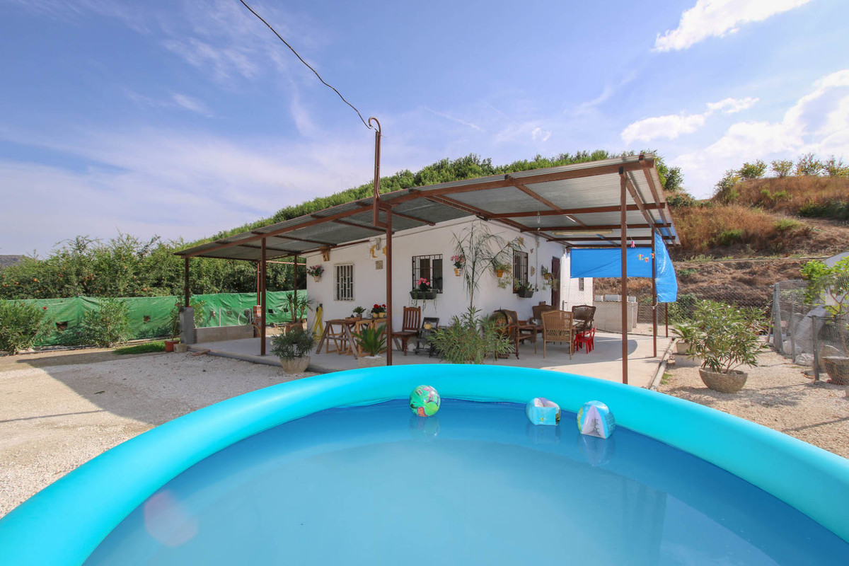 The perfect slice of countryside.   Welcome to the hills of Cartama, and to this petit finca nestled,Spain