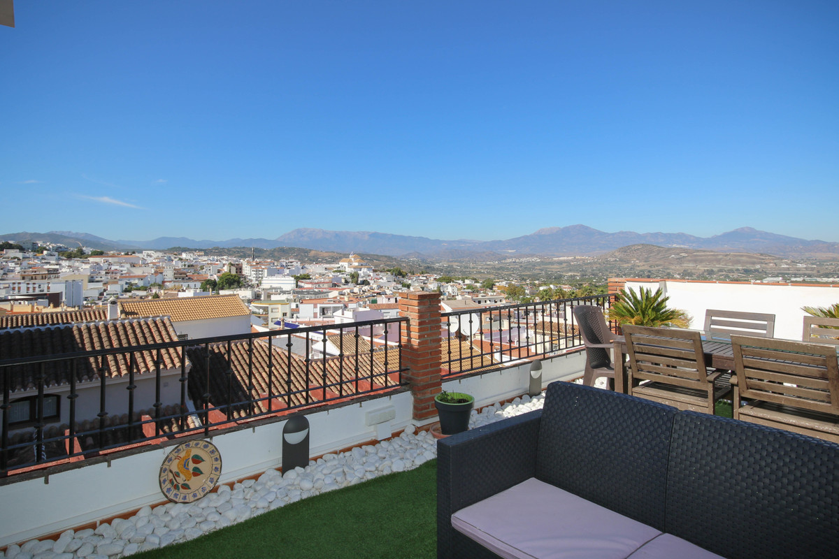 Penthouse for sale in Alhaurín el Grande
