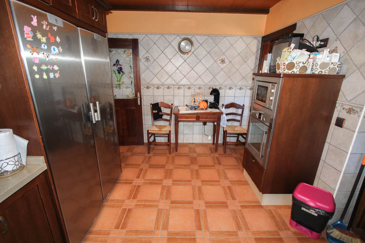 House in Alhaurín el Grande R2703584 9