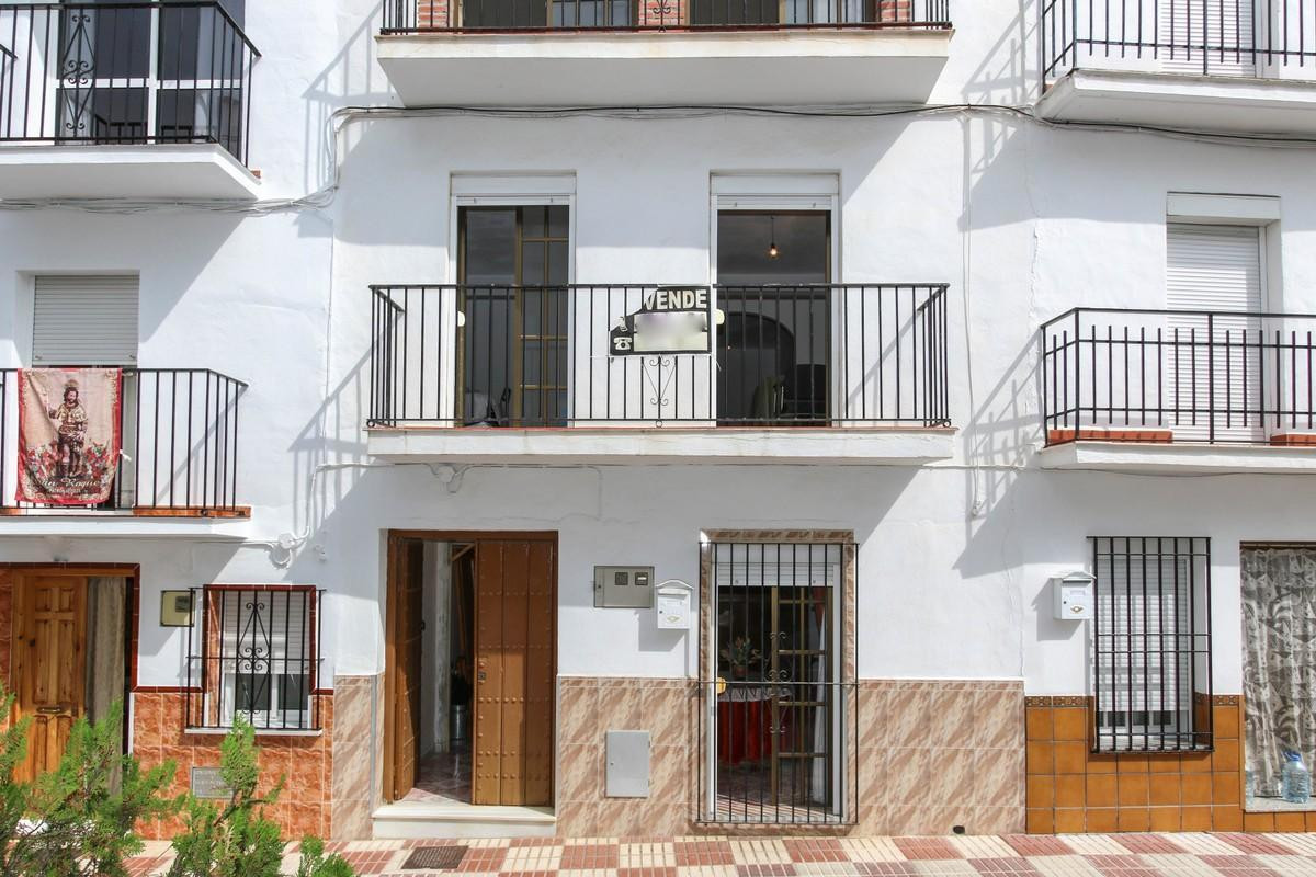 5 bedroom townhouse for sale tolox