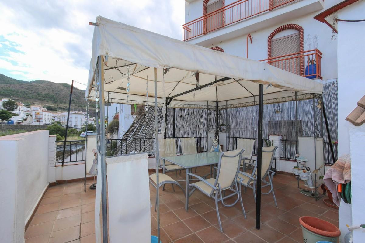 This 4 bedroom property in Tolox has been recently renovated making a large family home.    The hous, Spain