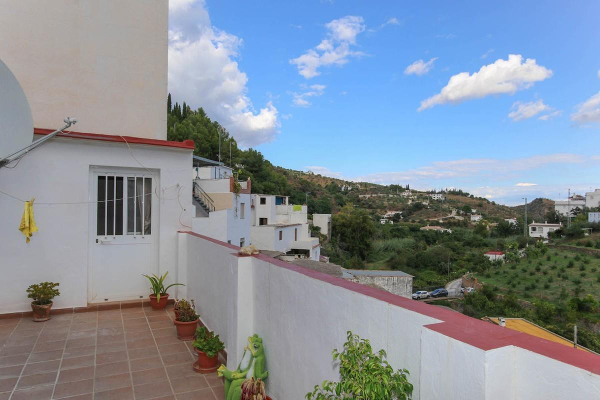 Townhouse Terraced in Tolox, Costa del Sol