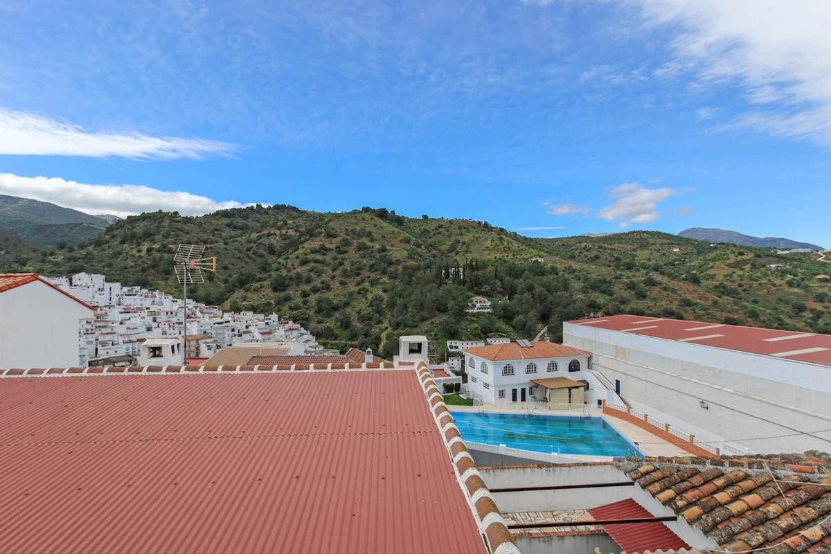 3 bedroom apartment for sale tolox