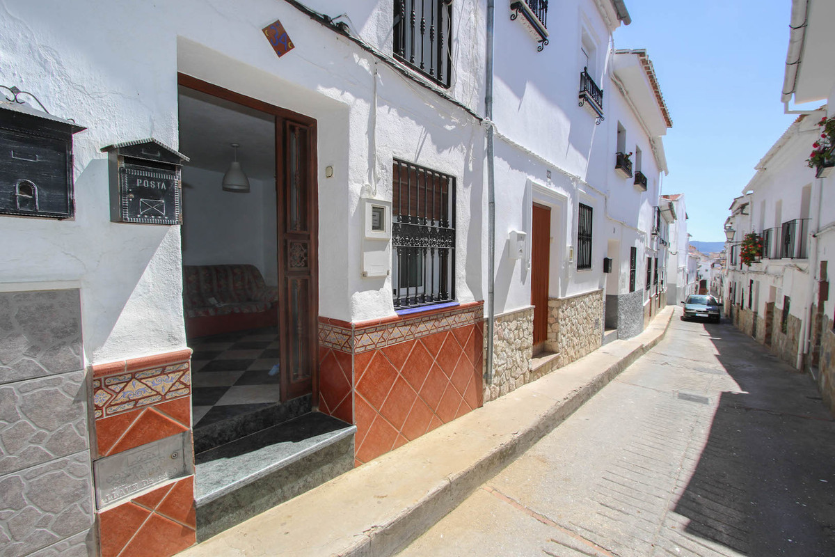Sales - Townhouse - Yunquera - 5 - mibgroup.es