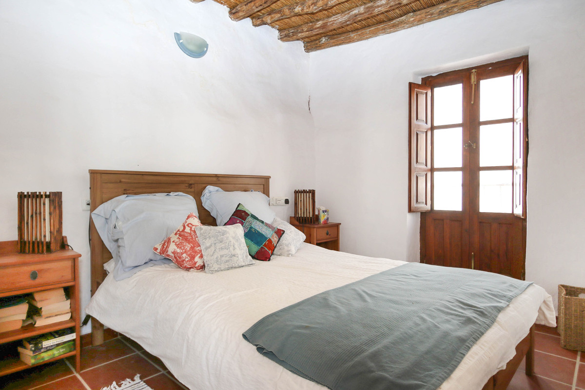 2 Dormitorio Pareada Villa En Venta Guaro