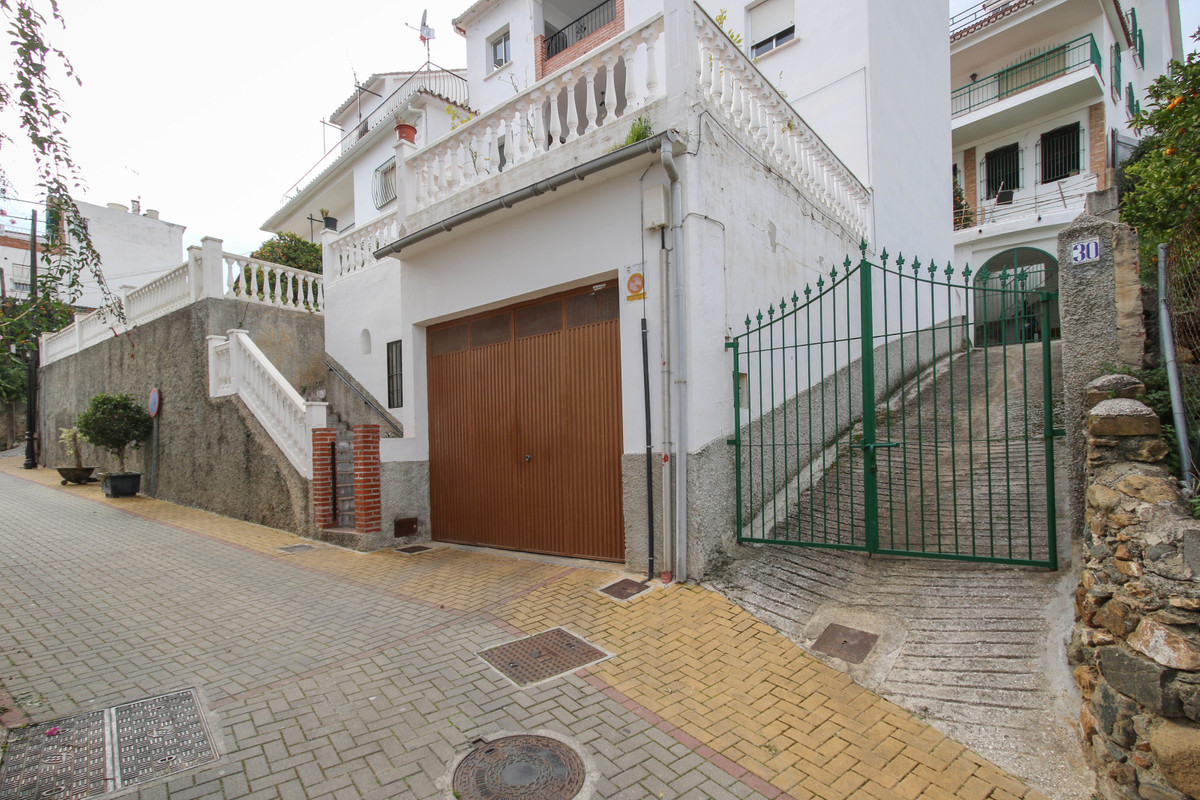 Ground Floor Apartment for sale in Tolox