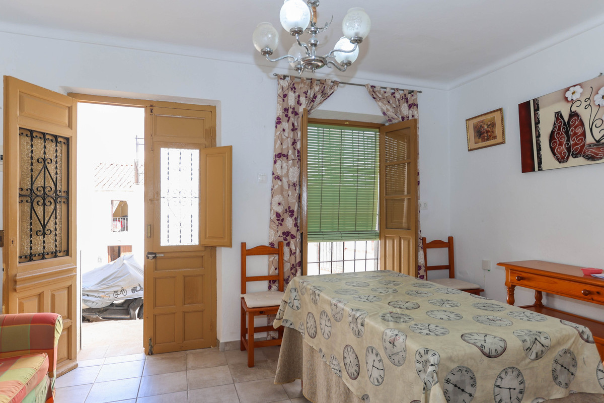R3061135: Townhouse for sale in Guaro