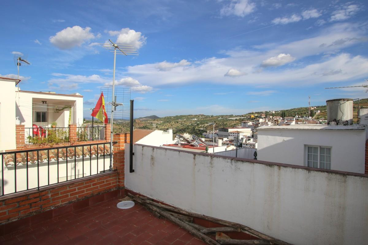 4 bedroom townhouse for sale tolox