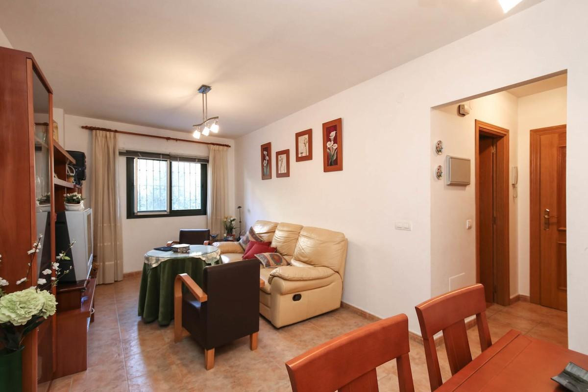 Immaculate Apartment in the center of Coin.   2 min walk to the Health Care Center and 5min walk to , Spain
