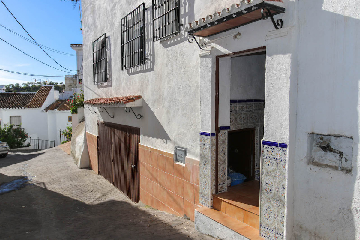 Town house for sale in Costa del Sol