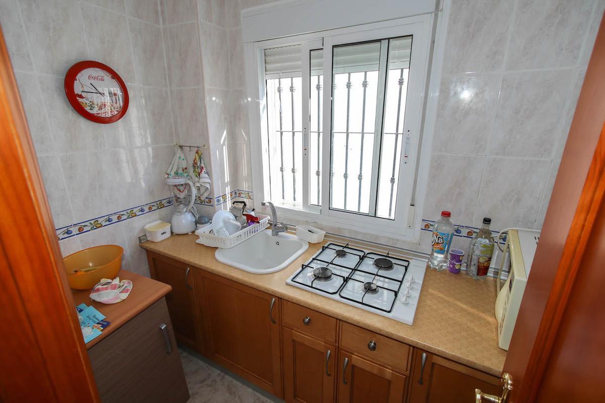 3 Bedrooms - 3 Bathrooms