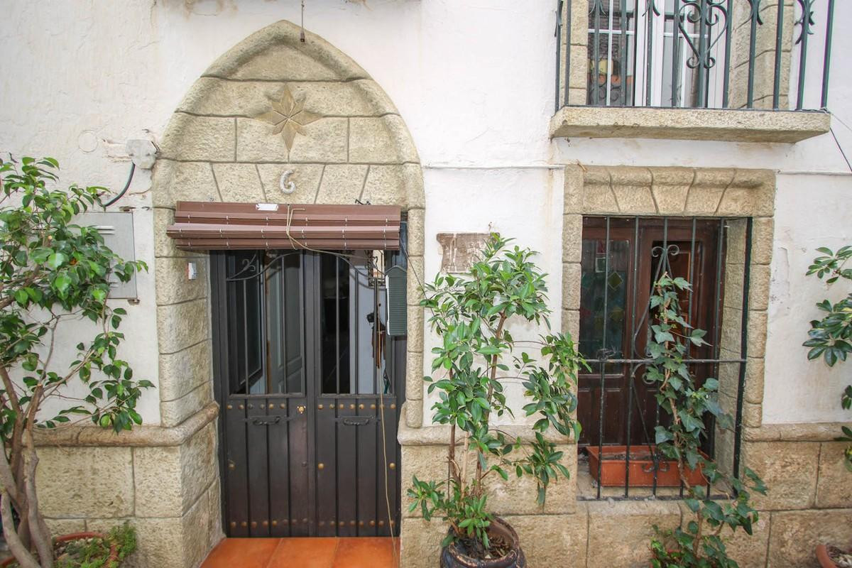Townhouse  Terraced for sale   in Guaro