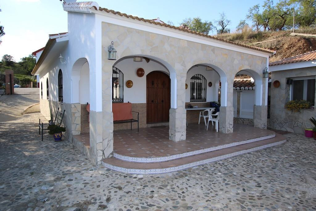 7 Bedroom Detached Villa For Sale Guaro