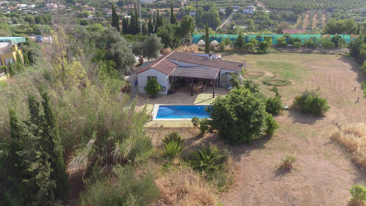 Charming COUNTRY Finca  .   surrounded by fruit trees .   Flat plot .   Walking distance to local re, Spain