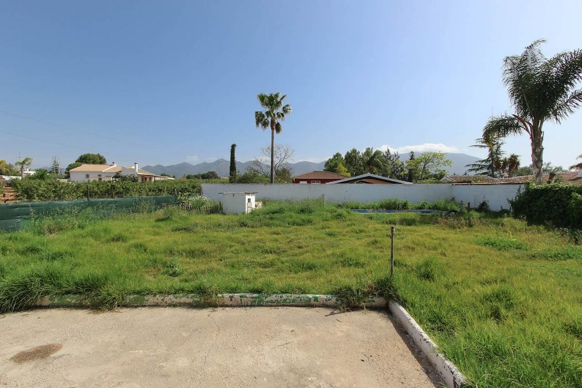 Two properties and a large warehouse for sale on one plot. Renovation required.   This property, loc, Spain