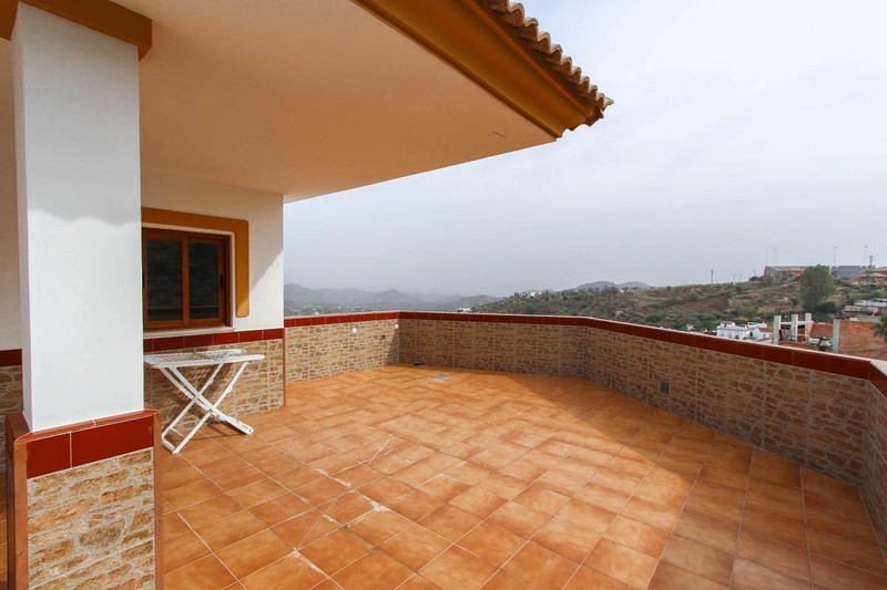 Ground Floor Apartment - Guaro - R2803880 - mibgroup.es