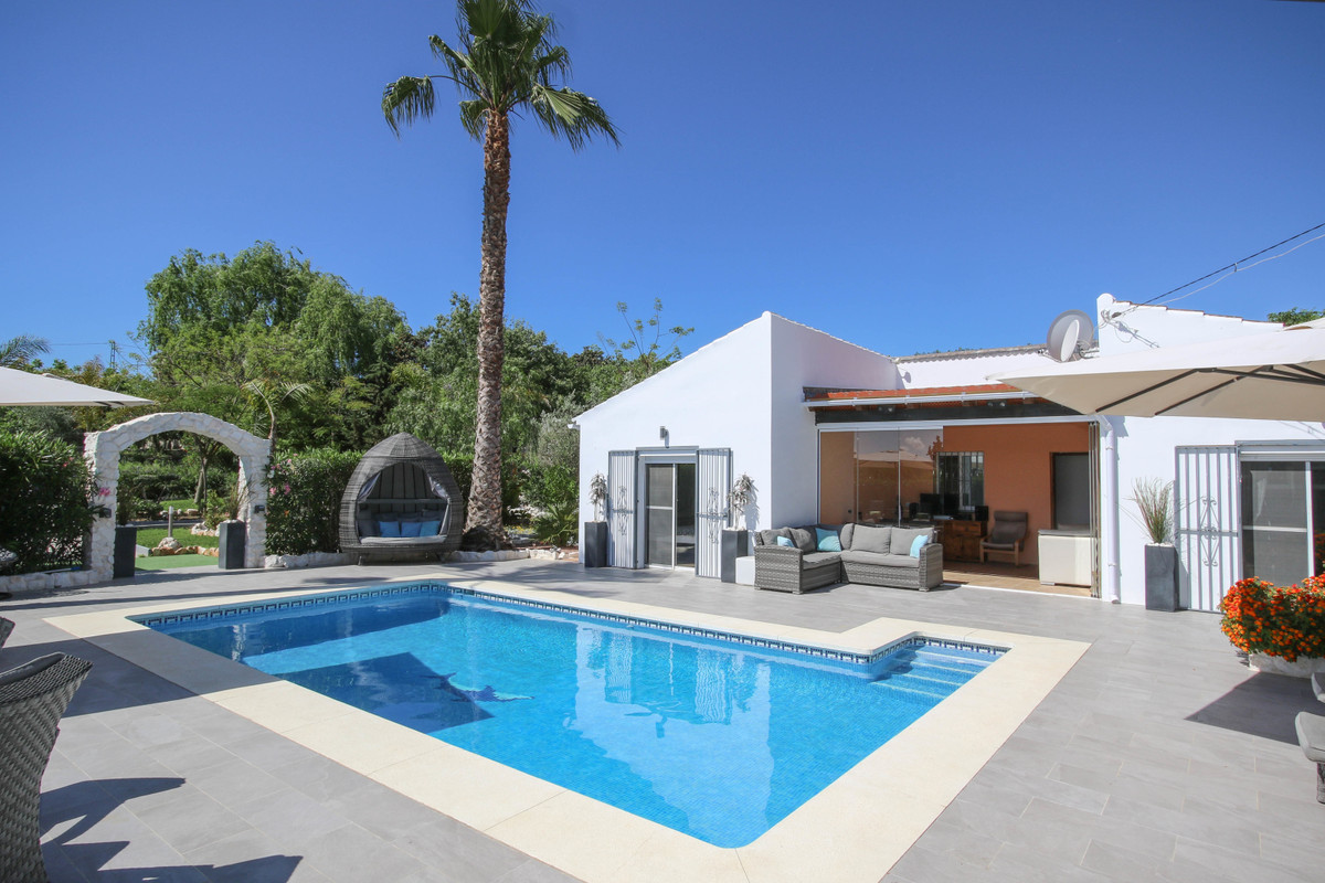 IMMACULATE  .   Separate Casita .   LUXURY Mobile Home .   AMAZING Rental Income .   RURAL TOURISM L Spain