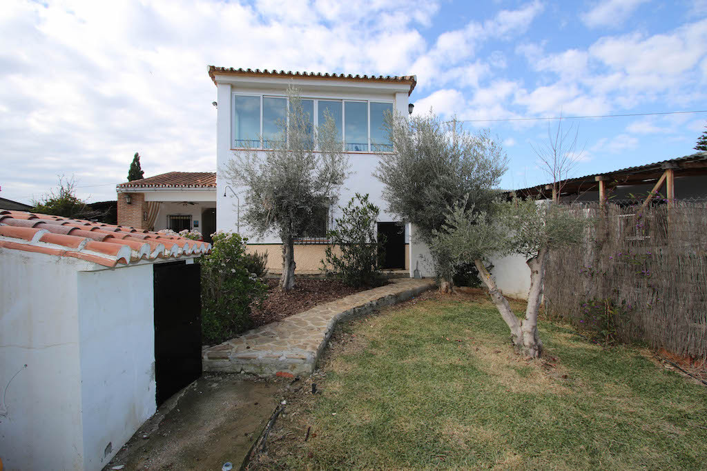 House in Alora R3101047 43