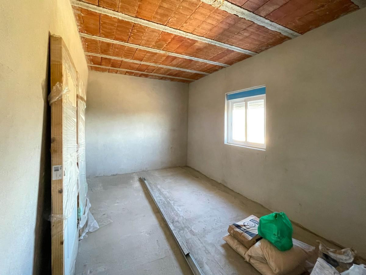 House in Tolox R2291504 10