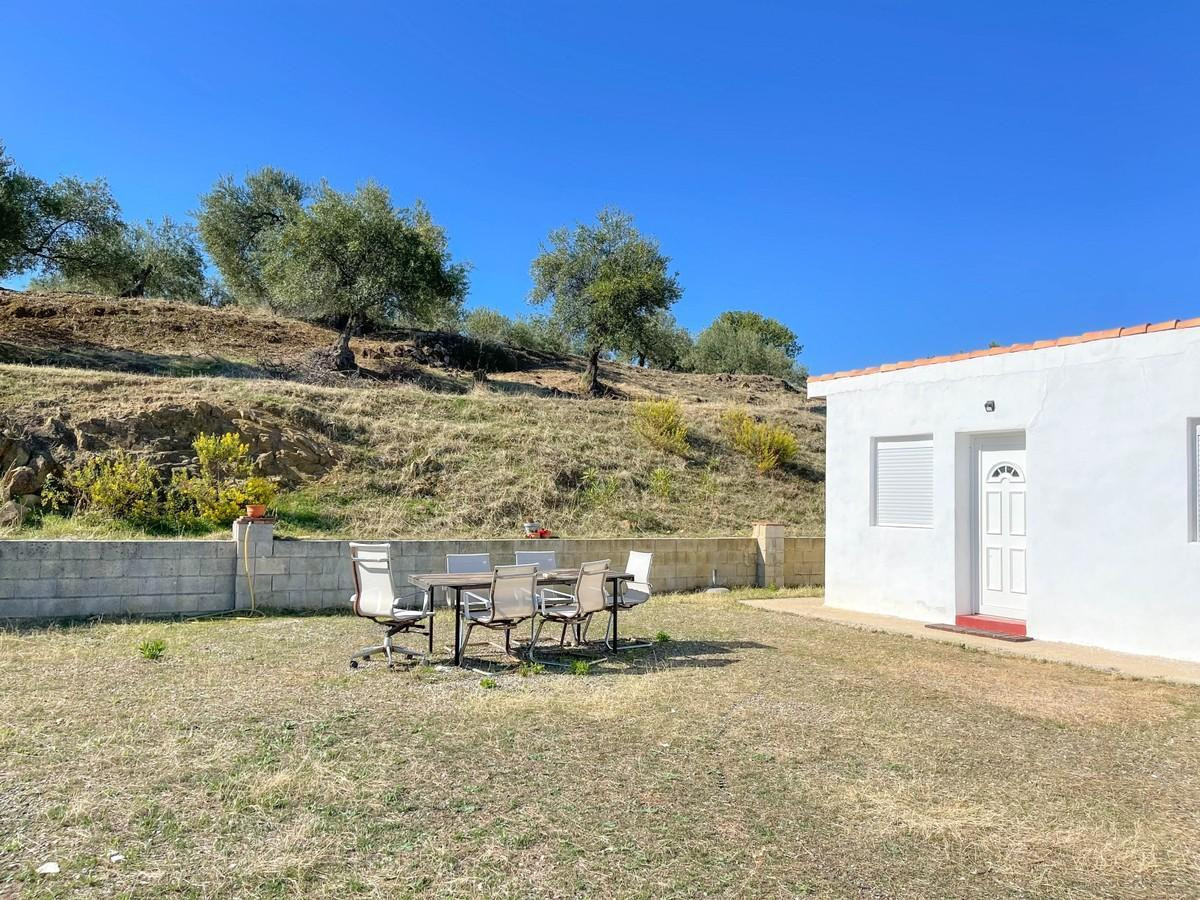 House in Tolox R2291504 3