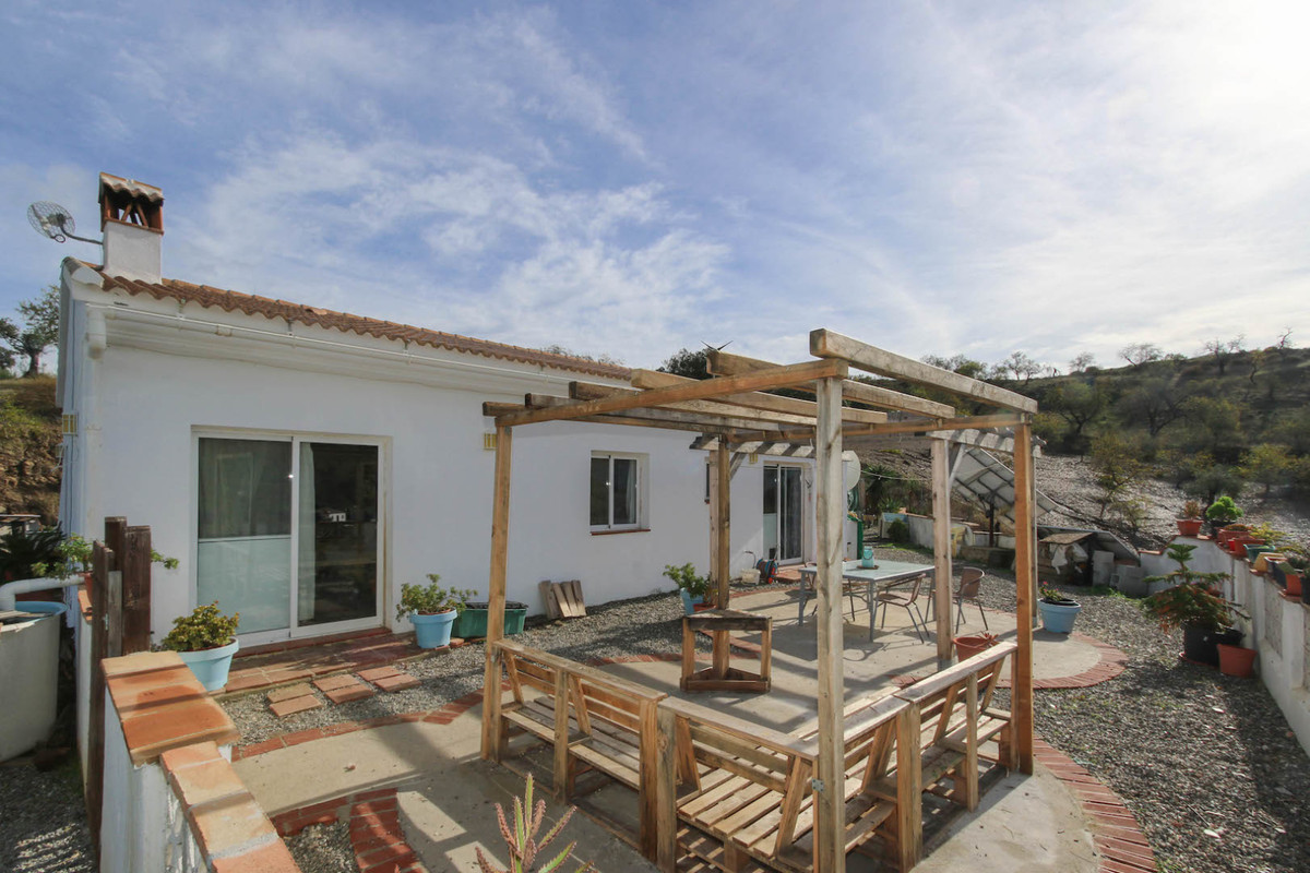 COUNTRY, PRIVATE, SECLUDED, VIEWS  If you are looking for a privacy and seclusion this is the proper,Spain