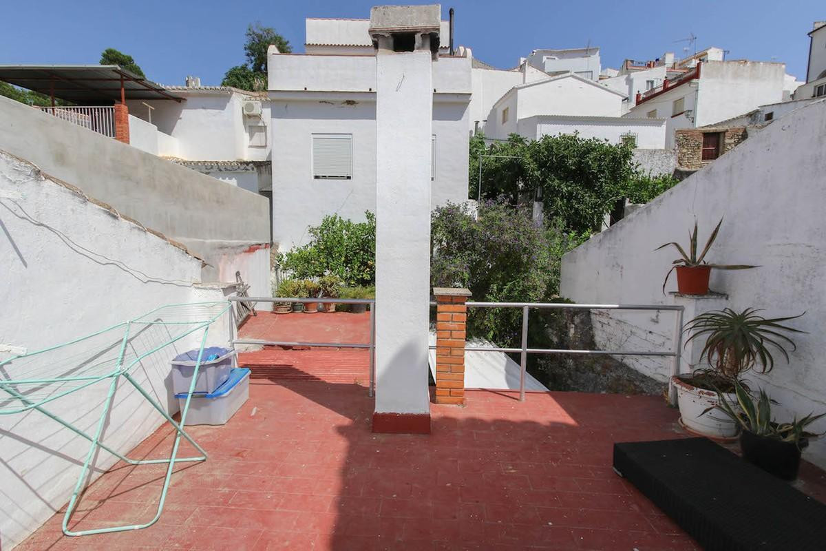 3 Bedroom Terraced Townhouse For Sale Alozaina