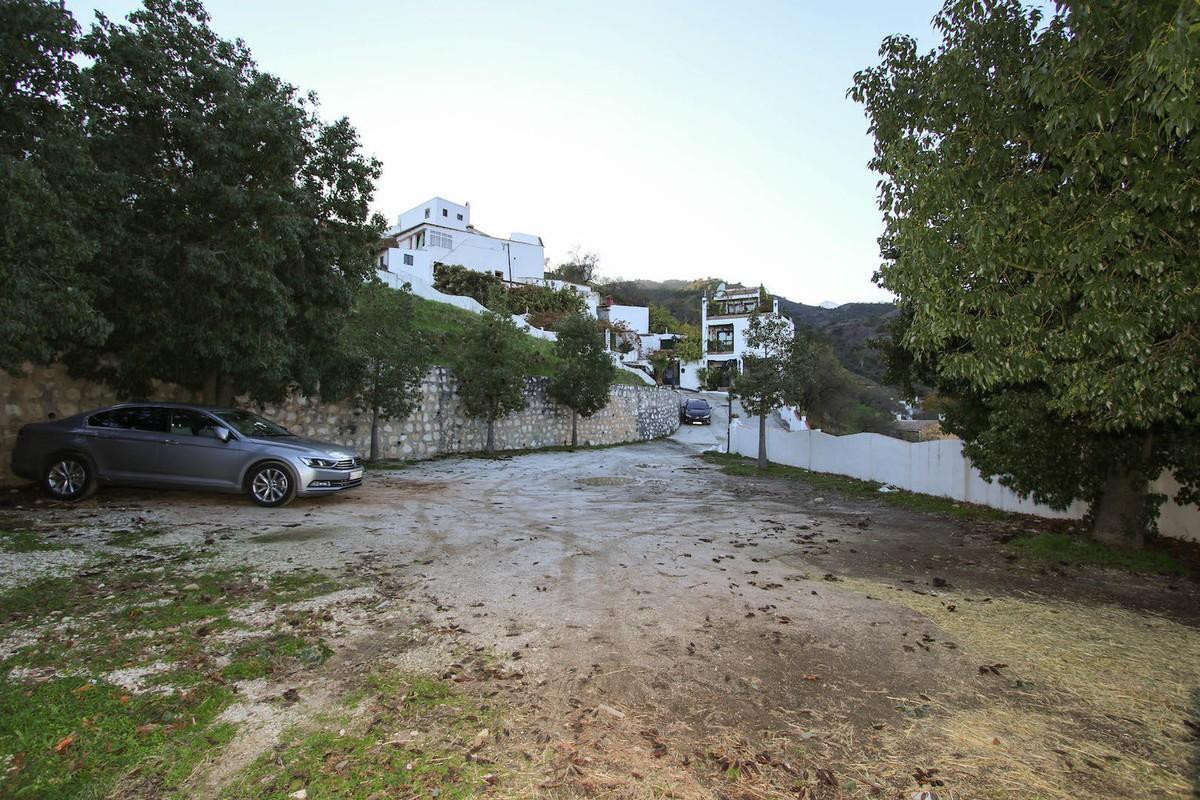 NESTLED on the edge of the village  .   Urban Plot for building .   Located in the charming SPA vill, Spain