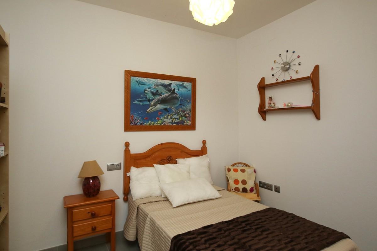 Unifamiliar con 5 Dormitorios en Venta Guaro