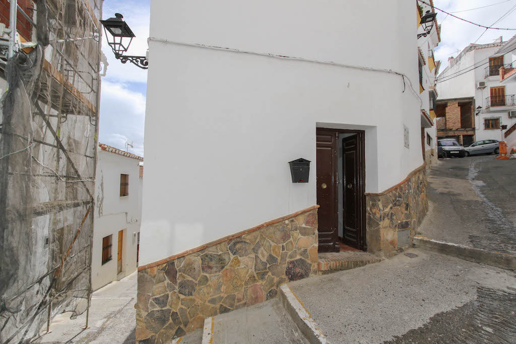 IMMERSE YOURSELF IN SPANISH LIFE.  This town house in the centre of the beautiful village of Casarab, Spain