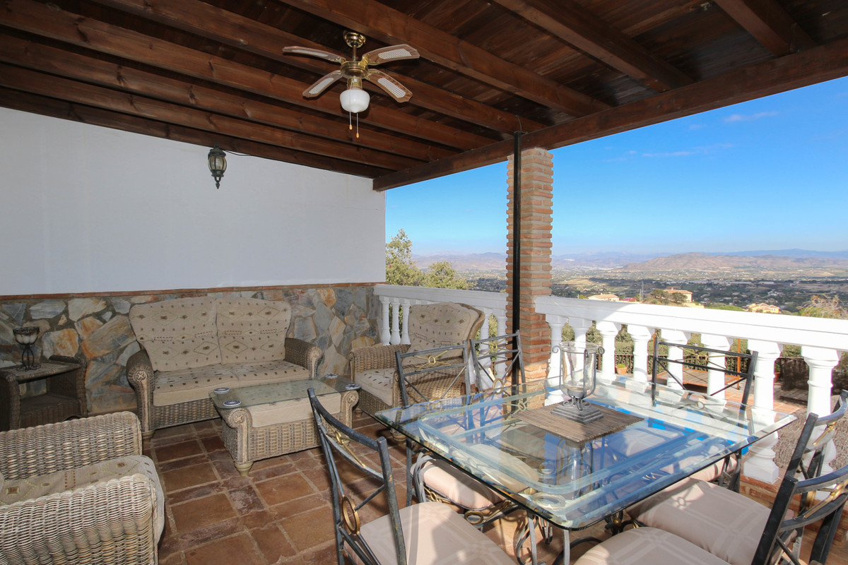 House in Alhaurín el Grande R3340915 16