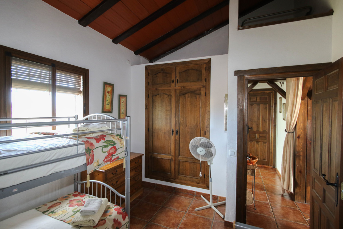 House in Alhaurín el Grande R3340915 18