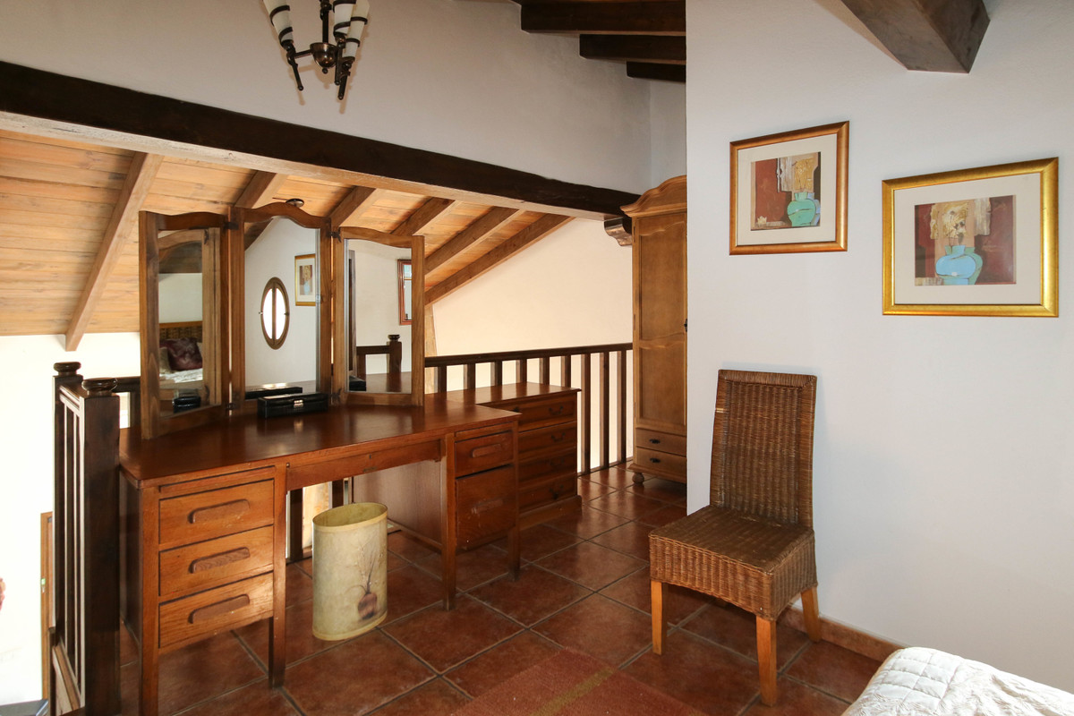 House in Alhaurín el Grande R3340915 19
