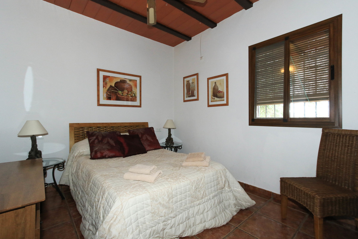 House in Alhaurín el Grande R3340915 22