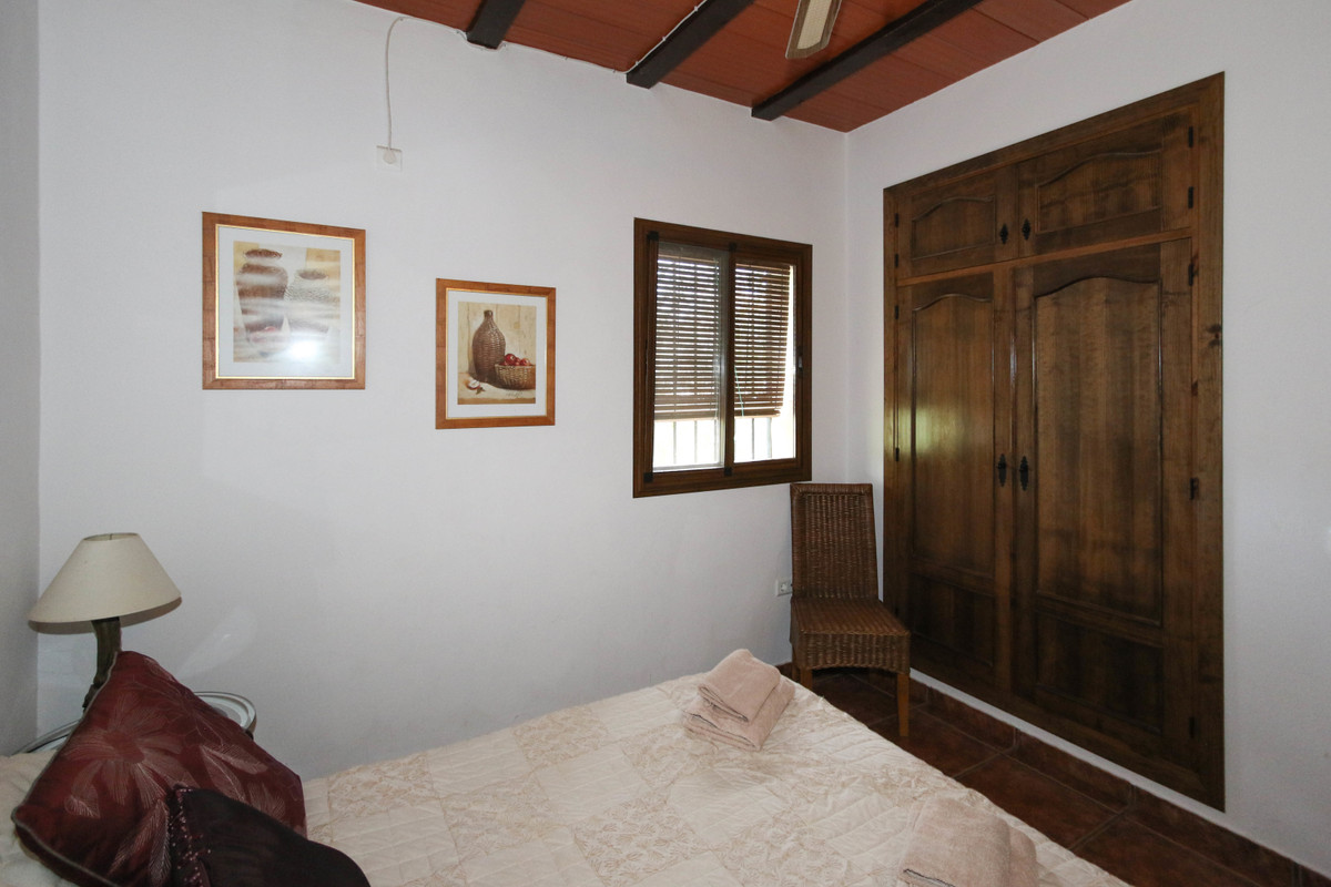 House in Alhaurín el Grande R3340915 24