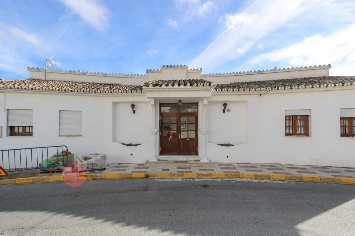 FULLY LICENSED HOTEL  .   Great Location .   Open Views .   POPULAR VILLAGE .   Possible Airbnb inco, Spain