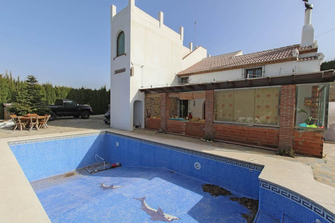 Detached Villa located in one of the most sought after areas in the region, Ojen.   Properties in Oj,Spain