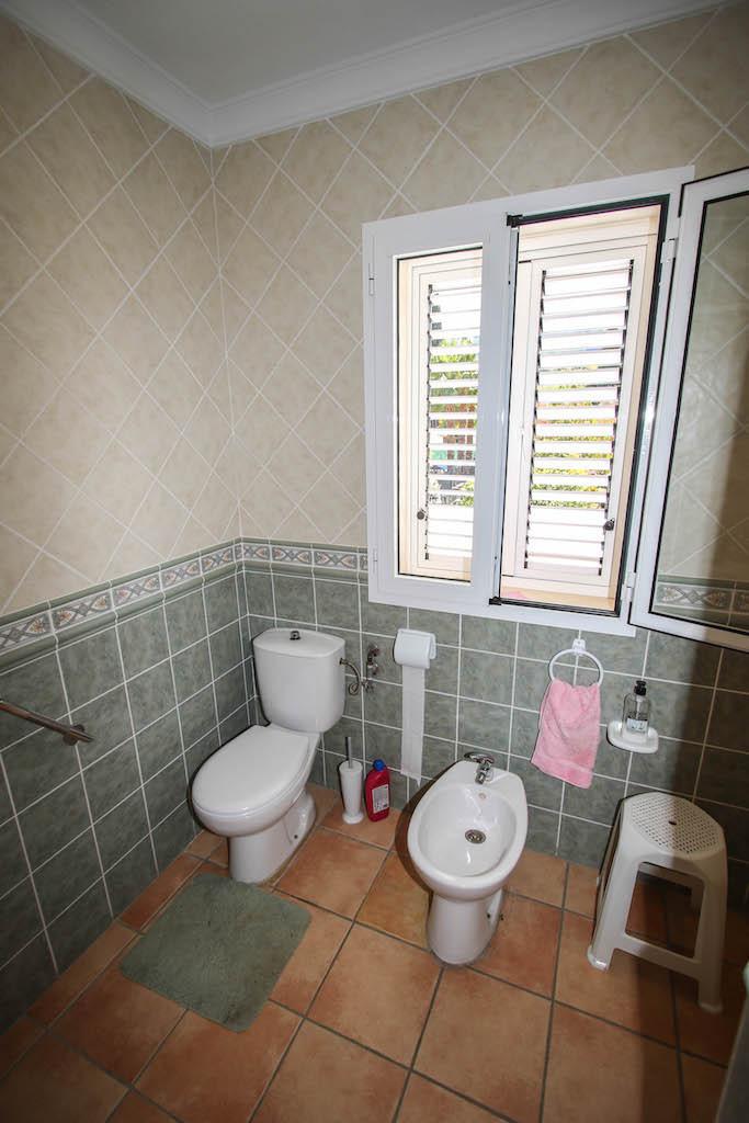 House in Alhaurín de la Torre R2628890 28