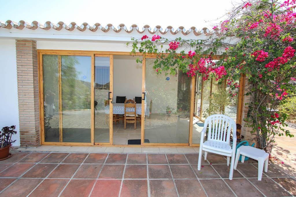 House in Alora R2713829 30