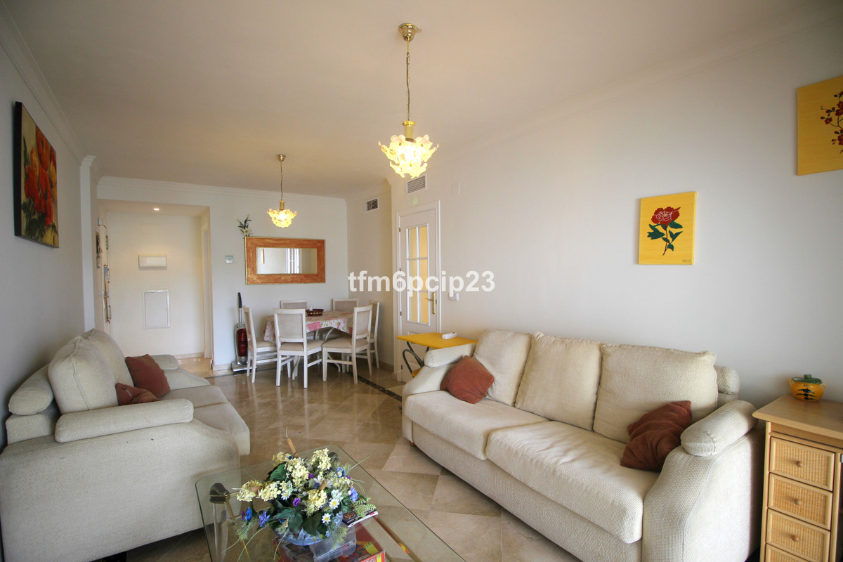 Middle Floor Apartment, Manilva, Costa del Sol. 2 Bedrooms, 2 Bathrooms, Built 73 m², Terrace 11 m²., Spain