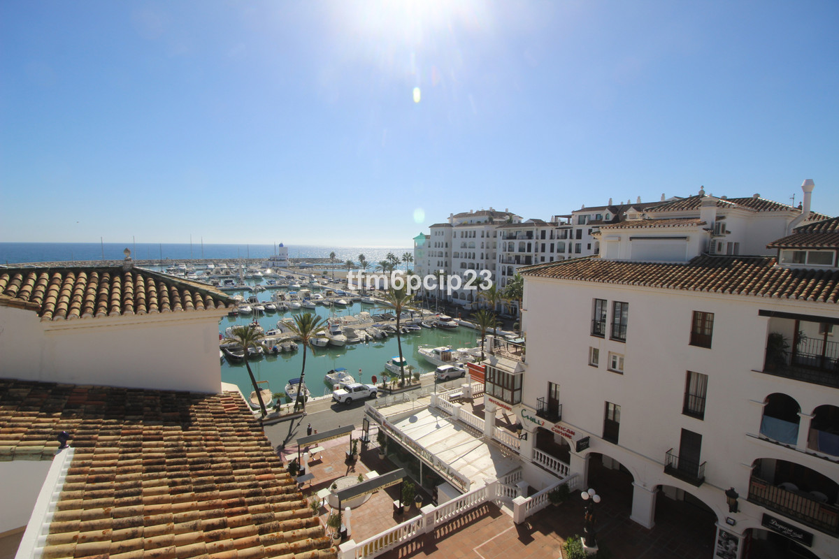 LARGE LUXURY 5 BED 5 BATH TOP FLOOR DUPLEX APARTMENT (including a separate 1 bed apartment) with PAN,Spain