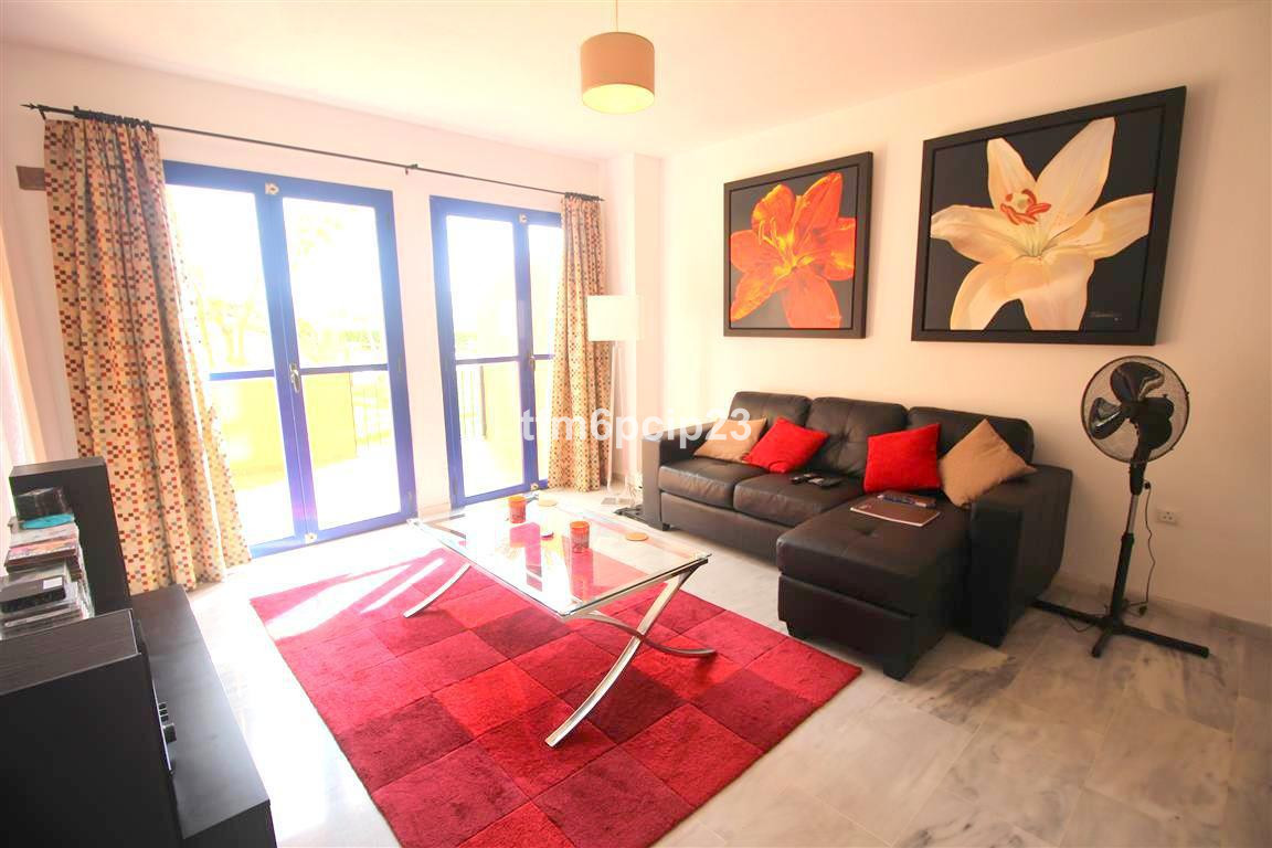 2 bed  2 bath GROUND FLOOR APARTMENT apartment at the much sought after ALDEA HILLS. Close to the be, Spain