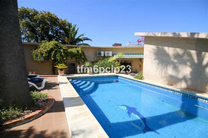 House in Punta Chullera R3759 3