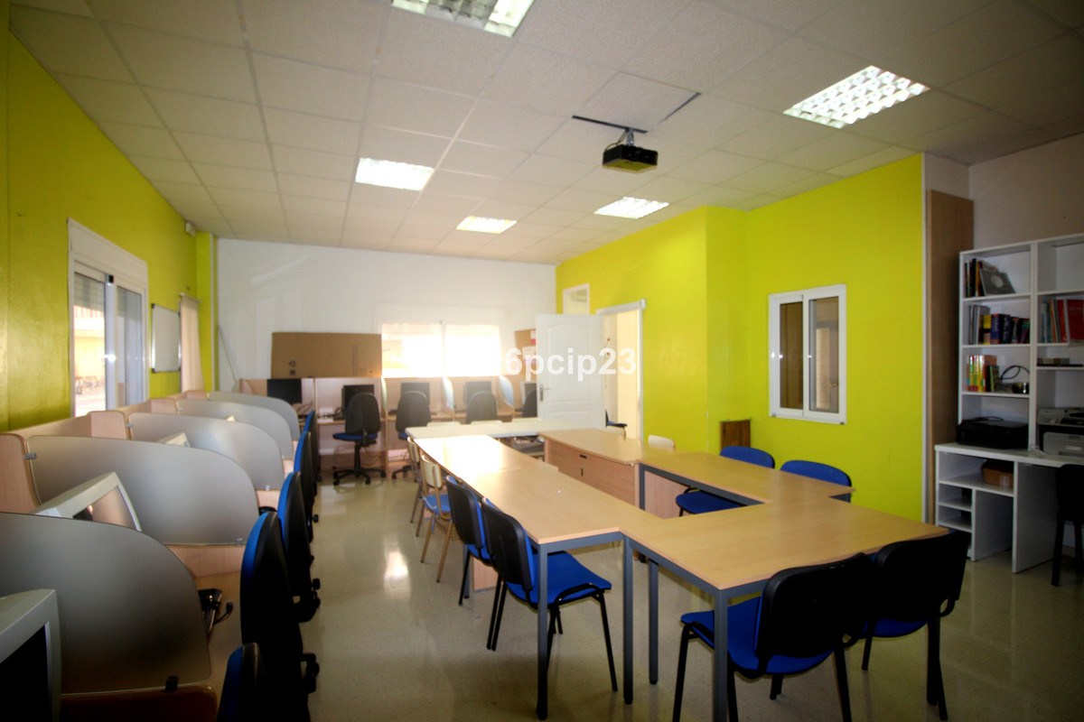 SCHOOL ACADEMY FOR SALE COMMERCIAL AND BUSINESS  REALLY AN OPPORTUNITY!!   Here's an opportunit,Spain